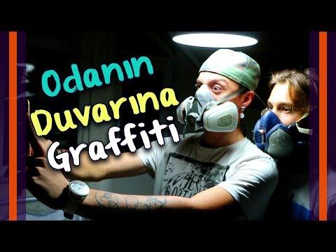 Odanın Duvarına Graffiti - Erhan