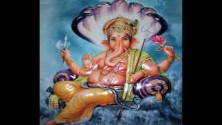 Shuklam Baradharam Vishnum  Sashi Varnam Chathur Bhujam - HD