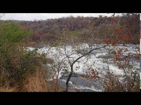 P1271431   Stroomversnelling voor Murchison Falls