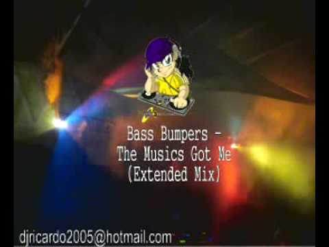 Bass Bumpers - The Musics Got Me (Extended Mix)
