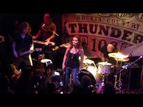 """Gretchen Wilson At Bar A - """"All Jacked Up"""""""