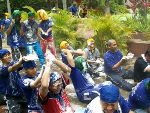 0822.4558.2777- -outdoor-team-building-games-picnic-at-batu-malang
