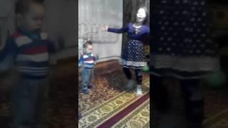 Индийский танец дома!