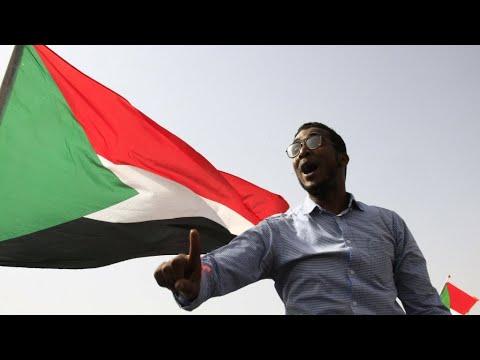 Sudanese police fire tear gas at Khartoum 'martyrs' rally