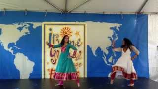 Mujhe Rang De Dance - Isha & Saloni