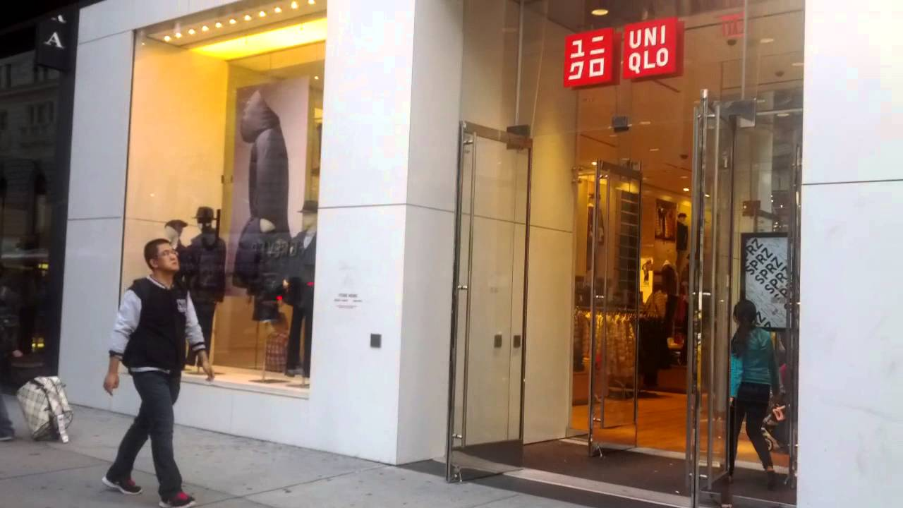 Clothing stores on 34th street