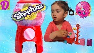 SHOPKINS Обзор и Распаковка Новой Игрушки Шопкинс Shopkins Unboxing Toy(Даша показывает свой новый набор Шопкинс. Необычная и очень интересная игрушка. Показываем фигурки Шопкинс..., 2016-05-03T20:57:00.000Z)