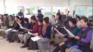 信州各地より集まった歌声会の仲間たちで、堀六平さん、信州川蝉会主催...