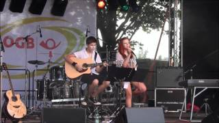 Tell me a poem - Papermoon coverd by Chiara Kerper & Michi Oderits beim Donauinselfest 2012