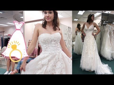 Trying To Find my Wedding Dress! (with my bridemaids!)