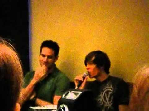 Aaron Travis Colossalcon 2009 Part 1