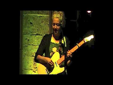 KIT HOLMES (UK) - LIVE - NOV 2014