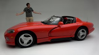 The Original 1992 Dodge Viper Was a Ridiculously Basic, Dangerous Sports Car