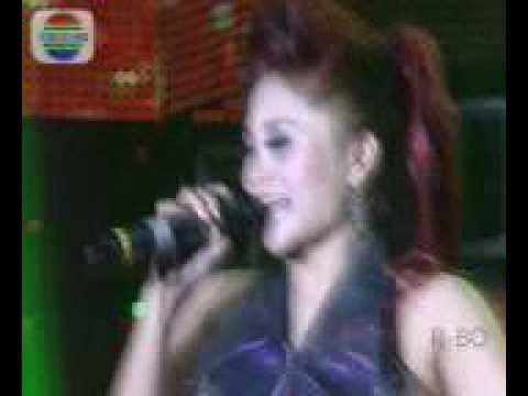 Dangdut Ana deCat - Talak Tilu - Konser Dangdut Indosiar Cilodong 2012.avi