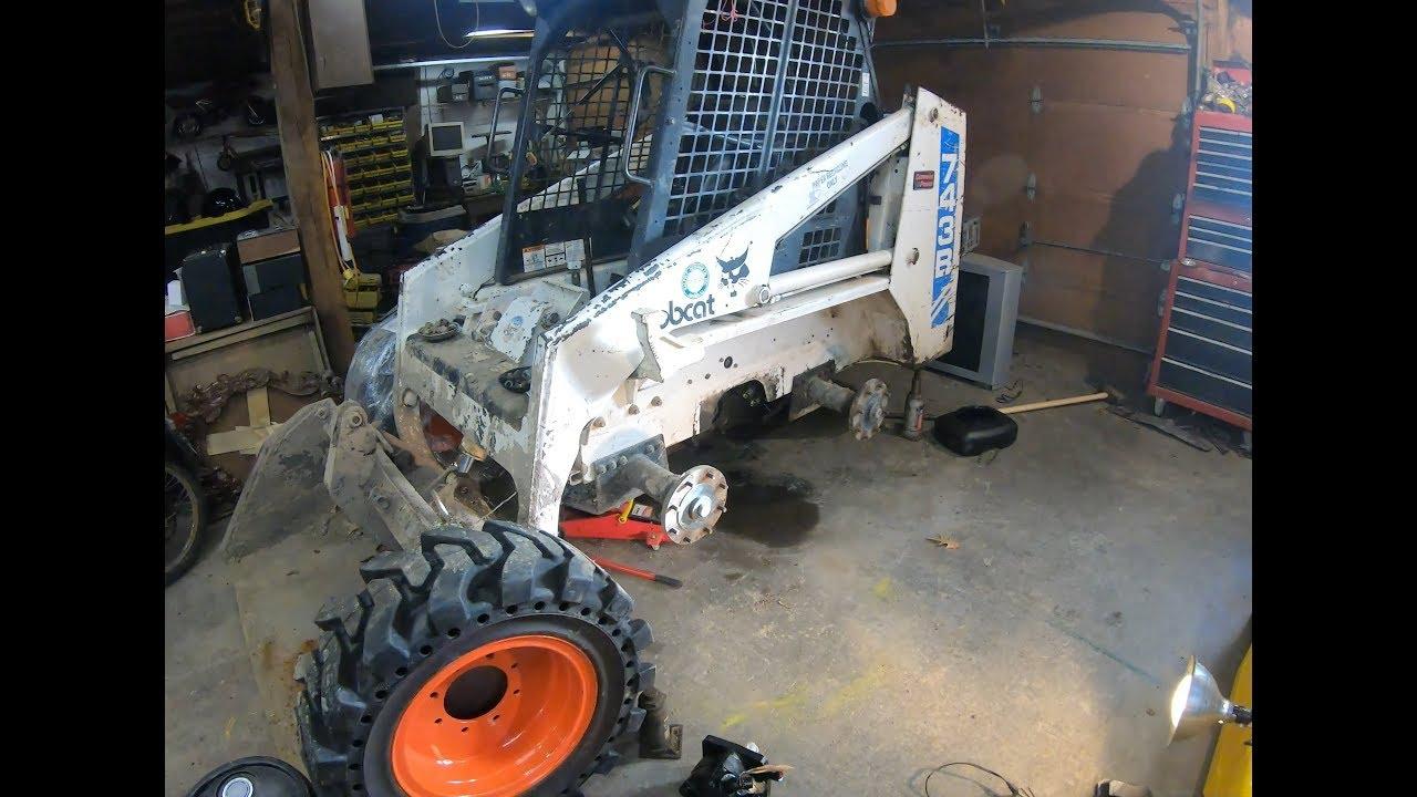 installing a bobcat drive motor [ 1280 x 720 Pixel ]