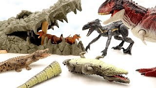 Dinosaurs are Dangerous! Jurassic World2 Fallen Kingdom throw a Bomb to Giant Crocodile And Win!