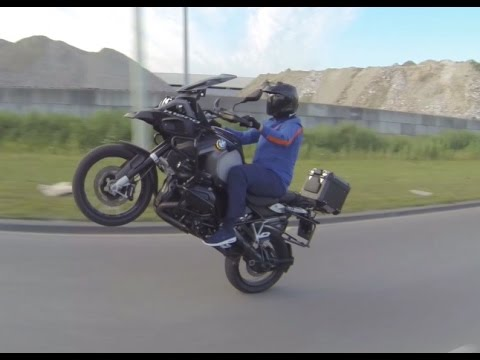 Bmw R1200 GS - Wheelie