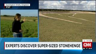 New discovery next to Stonehenge has archaeologists spinning : Super-henge?
