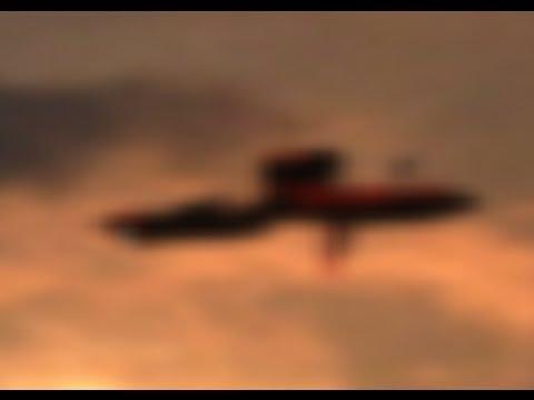 STRANGE SHAPE UFO ALIEN SHIP  DISGUISE AS A PLANE 2016  UFO Secret TV