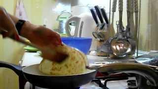 Вкусно и просто: тоненькие блинчики с грибами. Пошаговый рецепт с видео.(Рецепт приготовления тоненьких блинчиков с грибами. Для приготовления блинчиков с грибами нужно: Для..., 2014-03-02T19:19:18.000Z)
