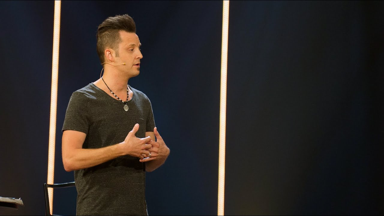 Lincoln Brewster Youtube
