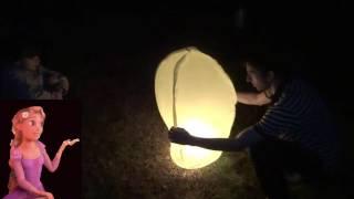 Запускаем небесный фонарик Launching the sky lantern  新天空の灯籠