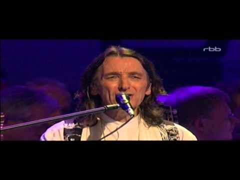 Live in Berlin It's Raining Again by Roger Hodgson - Voice of Supertramp, with Orchestra