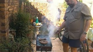 How To Braai / Barbecue South African Style