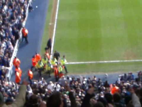 Adebayor Song Tottenham v Arsenal 8209