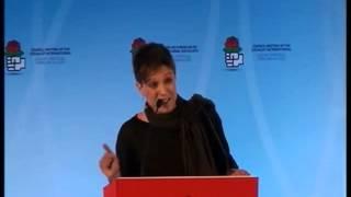 Beatriz Talegón critica el socialismo del lujo en la  Internacional Socialista(completo)