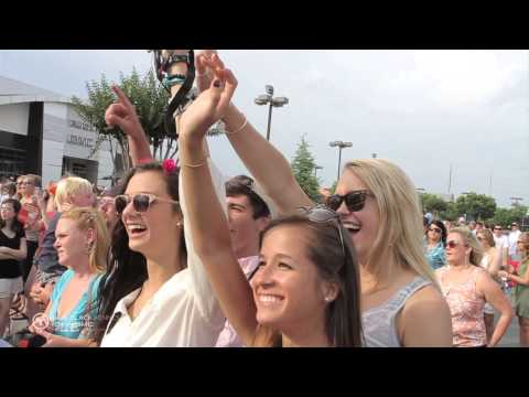 Lee Brice - Parking Lot Party - Live on the Lot