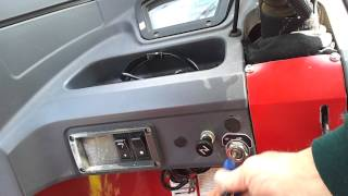 20120326_105452.mp4 Autorickshaw Bajaj 2005