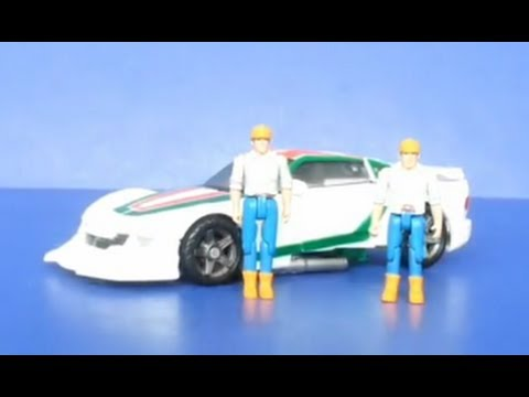 Wheeljack's Workshop: Dr Wu DW-P06 Partners  G1 (Spike and Sparkplug)