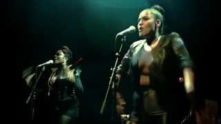 """Zaki Ibrahim Performs """"Something In The Water"""" LIVE @ Adelaide Hall"""