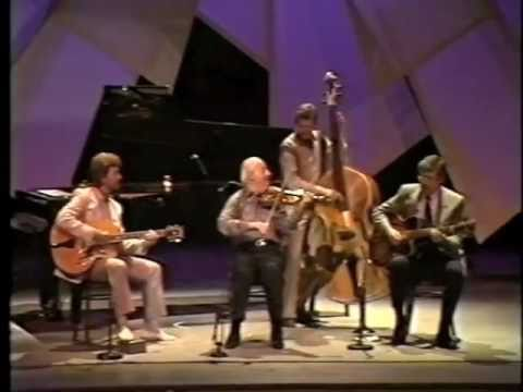 Stephane Grappelli - It Had To Be You (Grand Opera House, Belfast 1986))