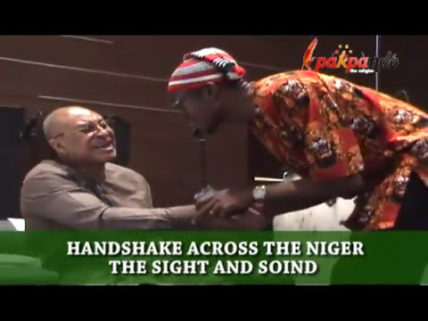 HANDSHAKE ACROSS THE NIGER: THE SIGHT AND SOIND