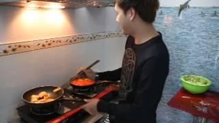 Hồ Quang Hiếu nấu ăn thumbnail
