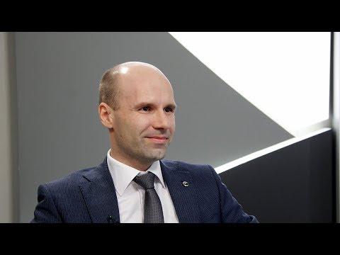 Начальник управления по работе с партнерами Сбербанка Дмитрий Шапарский — о выдаче кредитов 16+