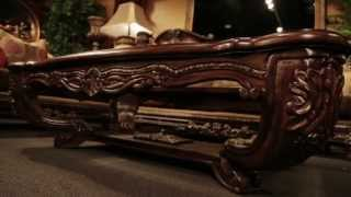 Travilion Furniture & Design | Lena Classcal Sofa Collection