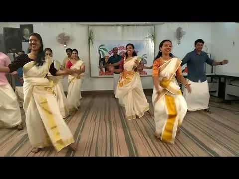 Jimikki Kammal - Non Dancers Trying The Moves