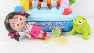 Niloyanın Banyo Seti Tosbik Banyo Yapıyor Niloya Heidi Yeni Bölüm Çizgi Film