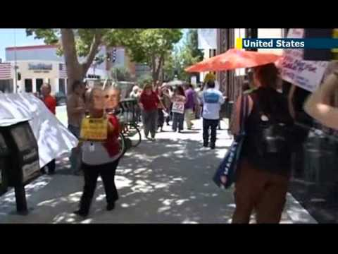LA activists protest against sale of Los Angeles Times newspaper to Koch brothers