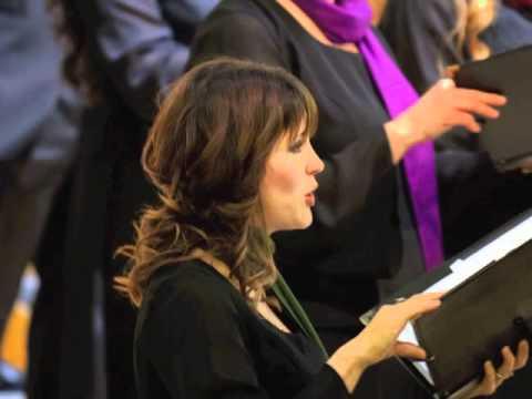 "John Alexander Singers perform Victoria's ""Ave Maria"""