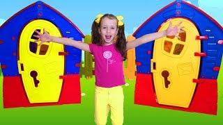 Ulya build New Playhouse for dolls