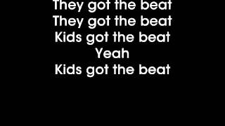 Glee - We got the beat - Lyrics on screen