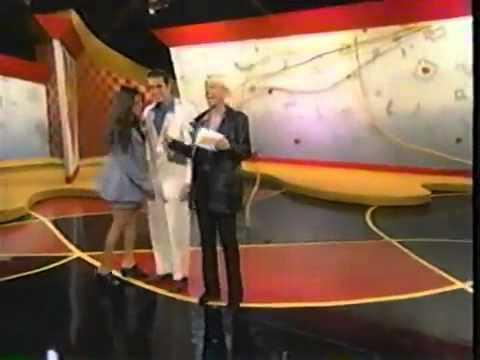 Bzzz! 1996  Max vs. Julie