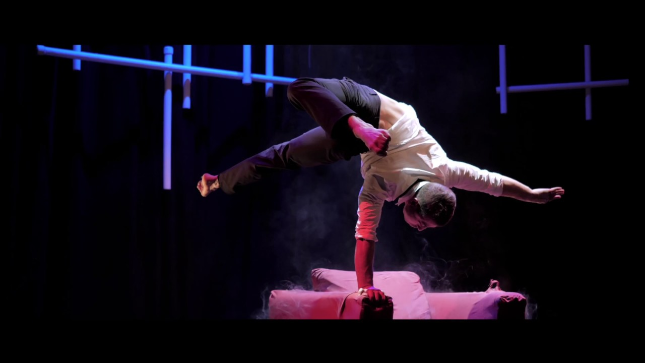 Entertainment Sessel Showact Lounge Sessel Andalousi Handstand