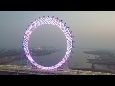 World's biggest shaftless Ferris wheel turns heads in east China