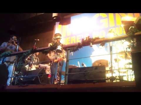 Dhol Yaara Dhol & Challa - Shilpa Rao at Hard rock cafe Mumbai 20-12-2013