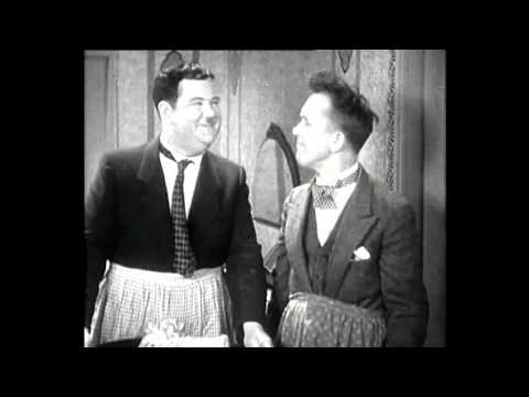 An Excerpt from Perfect Day (1929) - Laurel and Hardy